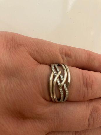 Srebrny pierścionek  rozm 18