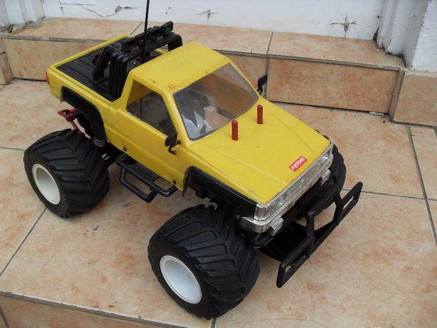 KYOSHO Nitro Brute 1988 MONSTER 2WD 1:10 Vintage Model RC