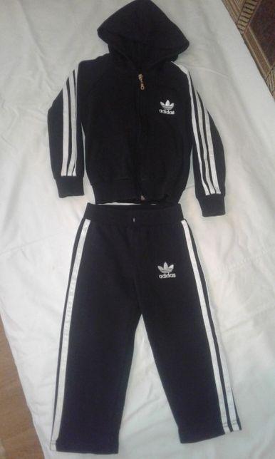 Спортивный костюм Adidas, 86-92 см