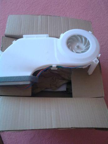 блок- вентилятор с двигателем к холодильнику Simens