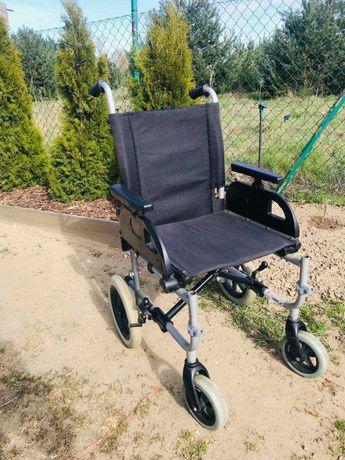 Składany wózek inwalidzki