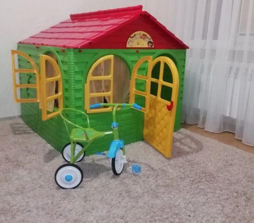 Домик детский Долони. Игровой ,пластиковый ,разборной.