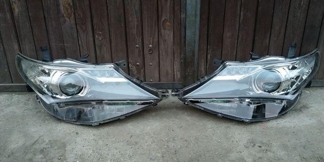 Reflektor prawy i/lub lewy Toyota Auris '12-'15 LED DRL