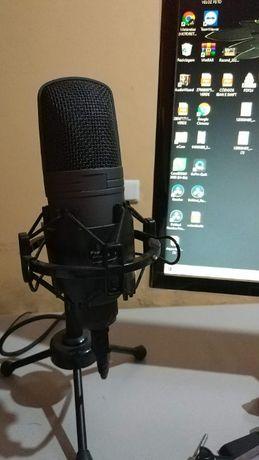 ONE Microfone USB de condensador com cabo especial