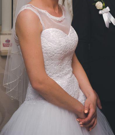 Suknia ślubna biała księżniczka, bolerko tiul, welon, buty 38