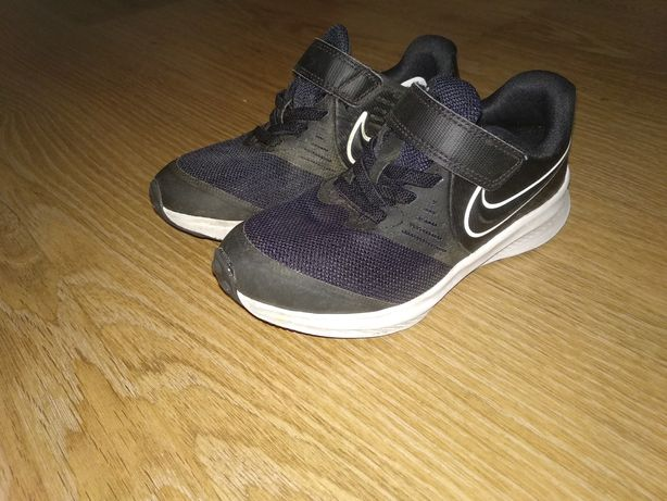 Кроссовки Nike размер 26-27