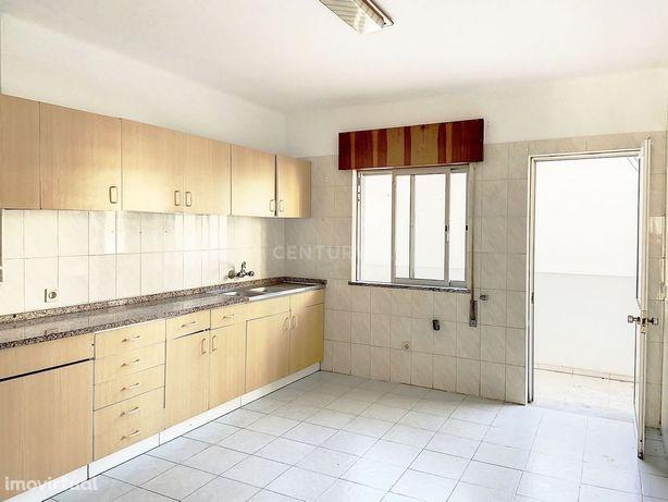 Apartamento T2 para venda em Olhão