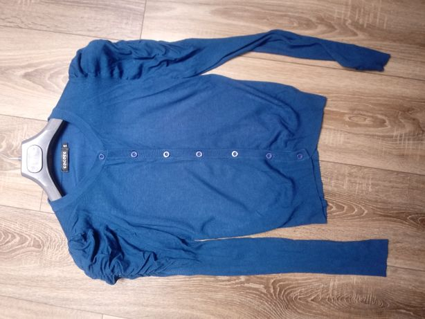 Sweterek z bufkami M