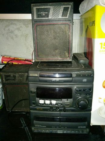 Rádio antigo 3cds/cassetes/rádio
