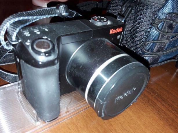 Цифровой фотоаппарат Kodak Z8612IS