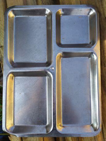 Піднос з нержавіючої сталі