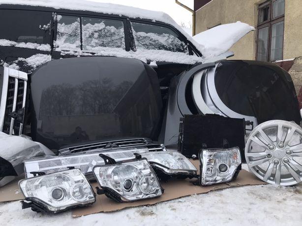 Mitsubishi Pajero Wagon Паджеро Вагон фара крило дверь капот решетка