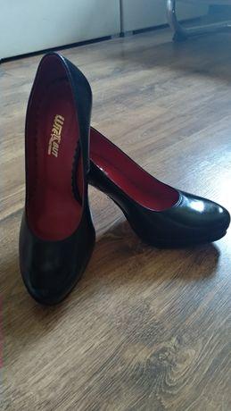 Buty damskie , skórzane , rozmiar 38