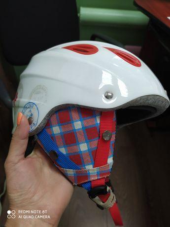 Лижний шолом (підходить і для сноубордів)