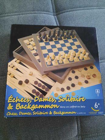 Gra warcaby i szachy 2w1
