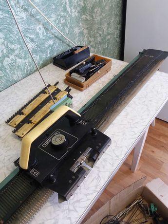 Вязальная машинка НЕВА - 5