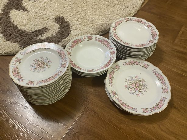 Тарелки набор посуда