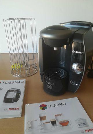 Máquina de Café Bosch Tassimo e dispensador de capsulas
