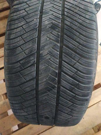 Резина Michelin 295/40/r20