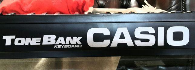 Keyboard Casio do nauki z dużą klawiaturą