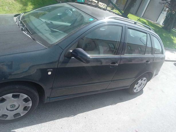 troco por carro mais pequeno mande proposta SkodaFabia2001 1.4gasolina