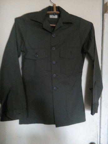 Пиджак на школьника4-6кл.цвета хаки,зеленый