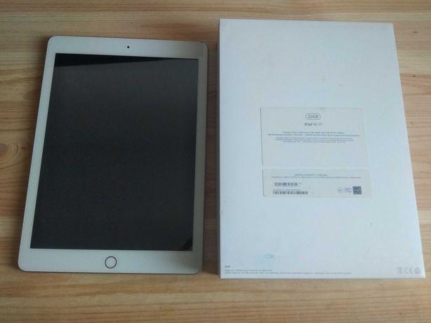 Планшет Apple iPad A1822 Wi-Fi 32GB  gold