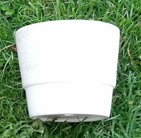 Doniczki ceramiczne różne