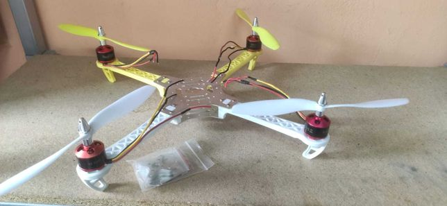 Frame ST360 motores BR2212 drone