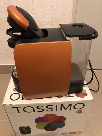Bosch Tassimo T40 + 2 op. kapsułek