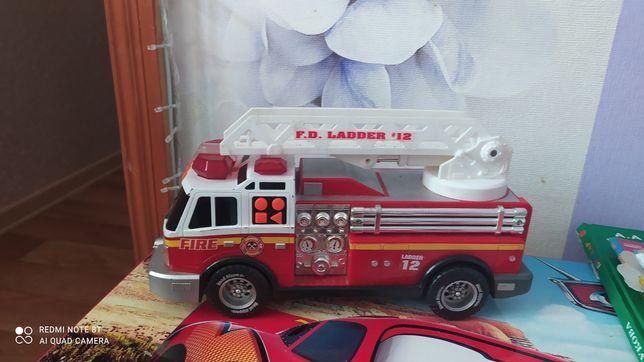 Пожарная музыкальная машина!