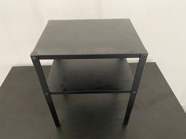 Mesas de cabeceira Ikea Knarrevik - 4 unidades disponíveis