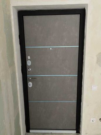 Установка входных дверей. Расширение проема, демонтаж и пр.