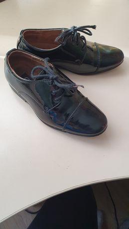 Туфли лак 27 размер