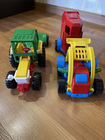Трактор, машина с прицепом