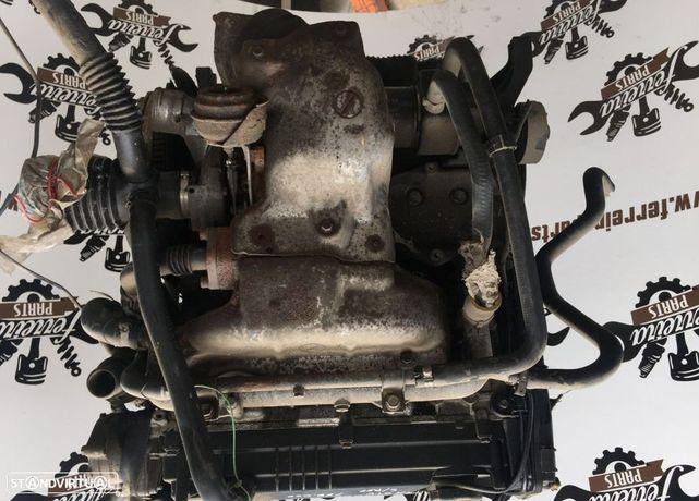 Motor Fiat Stilo 1.9JTD de 2002