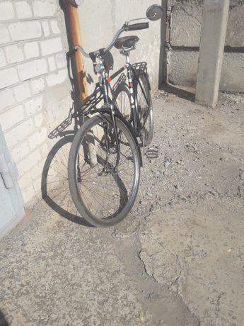 Продам велосипед Украина 1970 года в хорошем состоянии