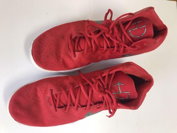 Sapatilhas Nike basquetebol tamanho 49.5