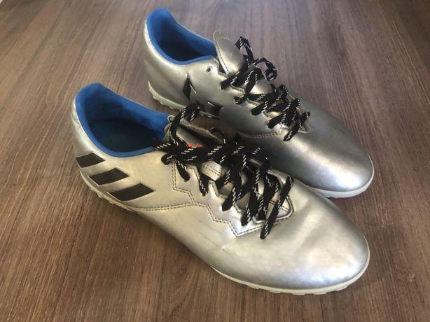 Продам футзалки Adidas, розмір 40,5