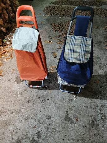 2 sacos de compras com rodas