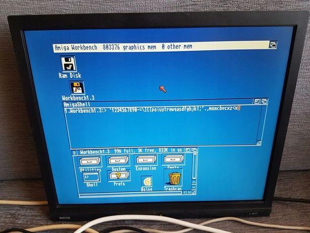 Kompute Amiga 600 + zasilacz + gra