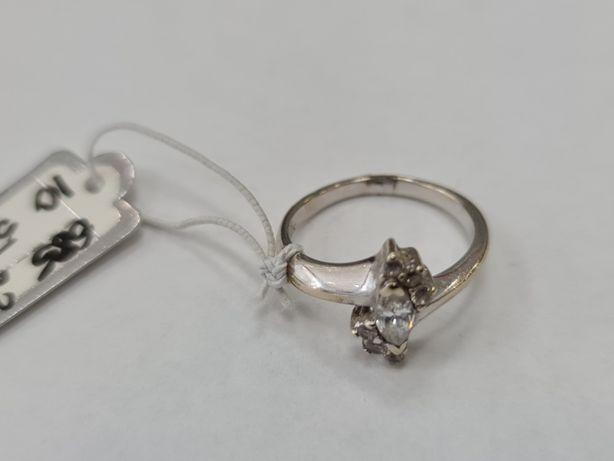 KRUK! Złoty pierścionek damski/ 585/ 2.43 gram/ R10/ Cyrkonie