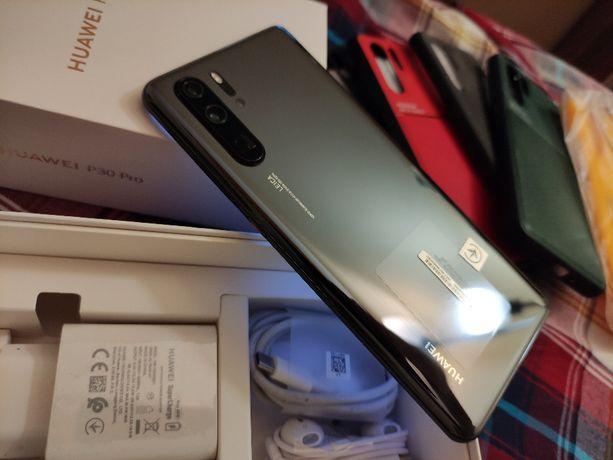 Huawei P30 PRO 128GB, niespełna 4-miesięczny, dodatki- warto!