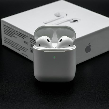 Apple AirPods 2019 with Charging Case White