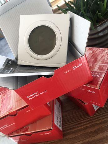 Продам комнатный термостат Danfoss WT-P 088U0625