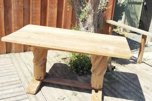 Mesa de madeira rústica vintage