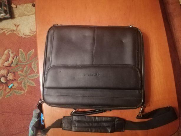 Продам кожаный портфель для ноутбука