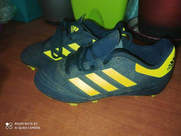 Бутсы  Adidas стелька 19 см.