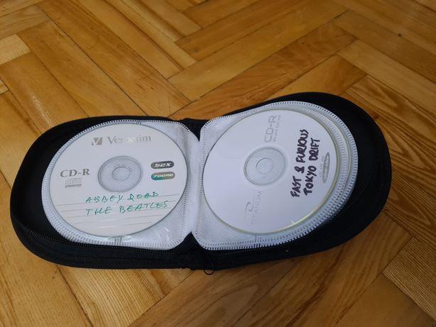 Pudelko Etui na 24 płyty CD/DVD, przenośne na zamek