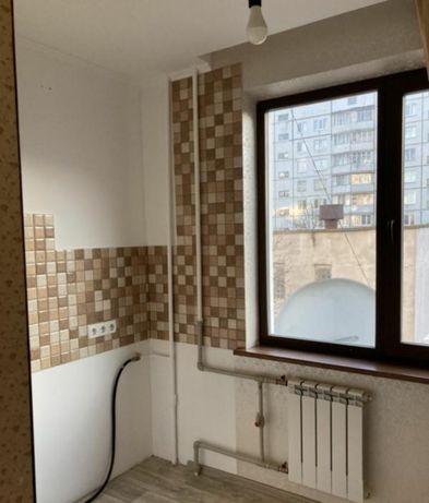 Продам 2х комнатную квартиру на Залютино с капитальным ремонтом